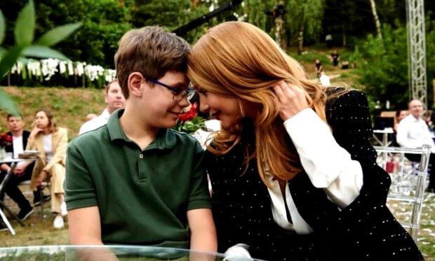 Тина Кароль с сыном, фото с Instagram