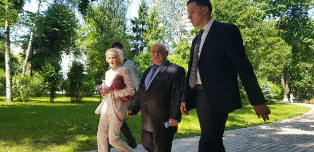В Кривом Роге заминировали дом Зеленского, полиция поднята по тревоге: первые подробности