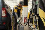 Ціни на бензин в Україні: цифра зруйнує психологічний бар'єр, що буде після, страшно навіть уявити