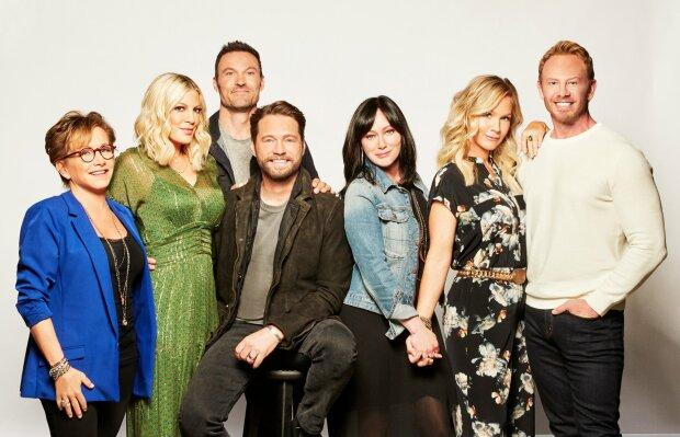 """Зірка """"Беверлі-Хіллз, 90210"""" приголомшила зізнанням про боротьбу з раком: """"Мені пощастило вижити"""""""