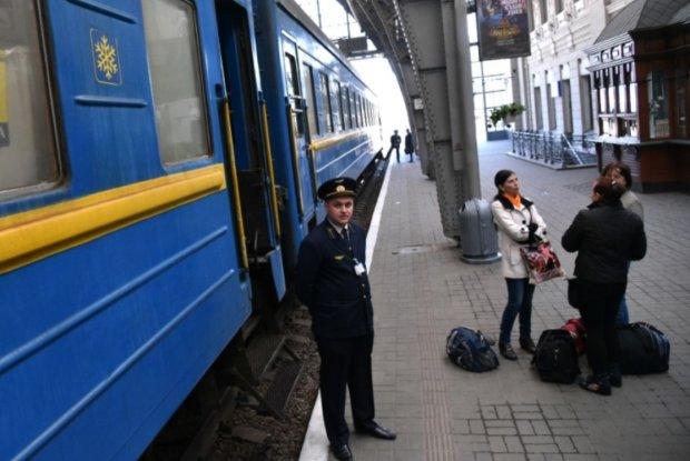 Укрзализныця отказалась от купе и плацкарта: украинцам предлагают три класса поездов