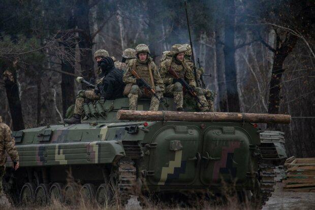 Українські захисники показали, як нарощують м'язи для боротьби з ворогом
