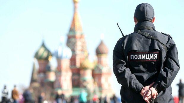 Прикували наручниками до ліжка: просто у центрі Москви виявили тіло українки, подробиці