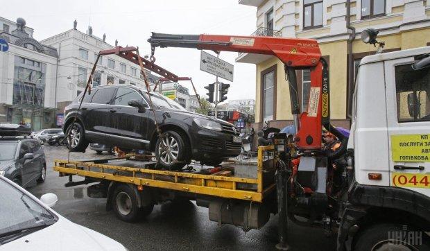 У Києві вигадали, як розібратися з героями парковок раз і назавжди: це сподобається не всім