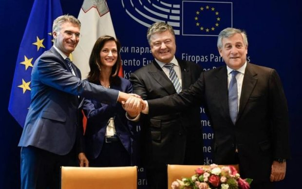 Офіційно: безвіз для українців запрацює через 20 днів