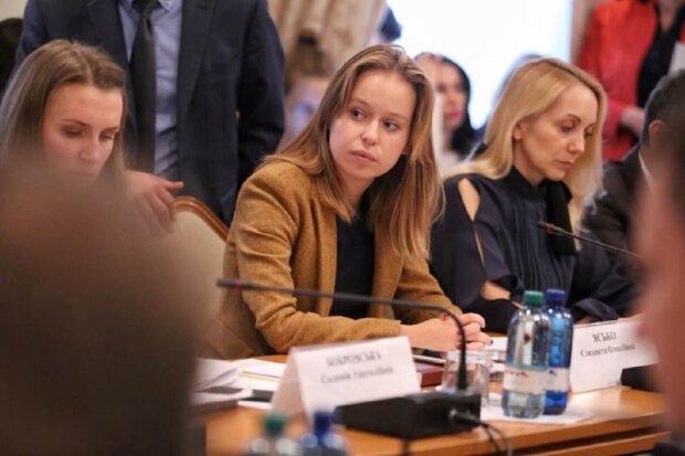 """""""Слуга народу"""" знайшла заміну голові комітету зовнішньої політики Ясько: """"Навчалася у Собчак і працювала в Москві"""""""