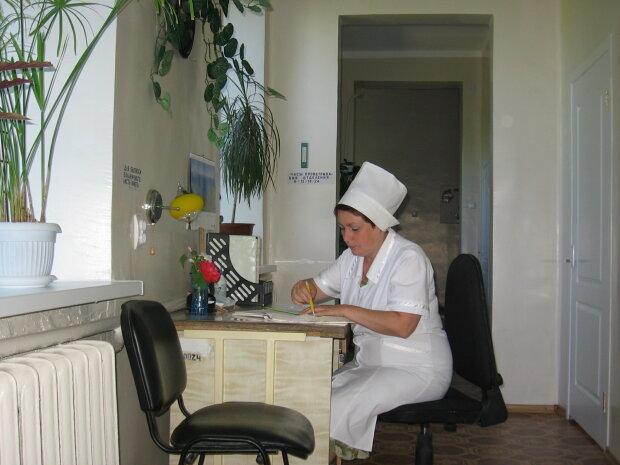 """В Одесі стартує """"сезон грипу"""", свинячий і курячий - в минулому: медики нажахали новими інфекціями"""