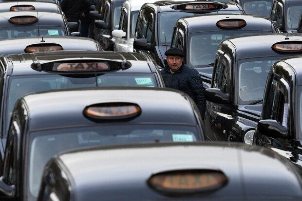 Таксист фото: Getty Images