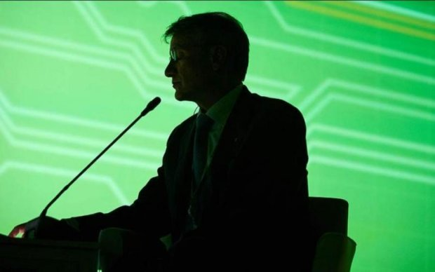 Крысиные бега: в сеть утекла переписка руководства Сбербанка в Украине