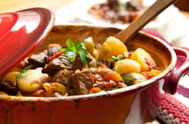 Универсальный рецепт рагу с телятиной и оливками