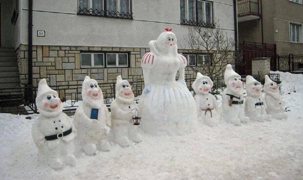 Сніговики, фото Taras Skakun: Facebook PRO все