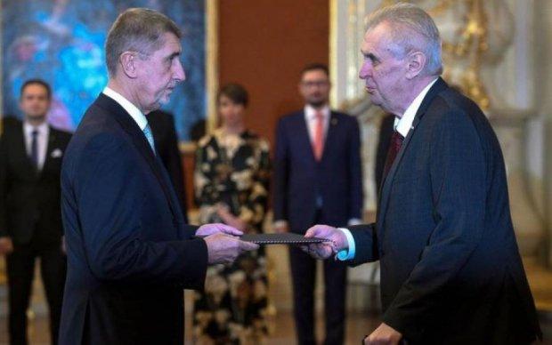 Выборы в Чехии: друг Путина сразится во втором туре