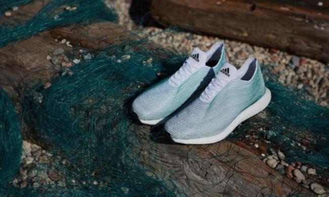Adidas виготовив кросівки з океанського сміття