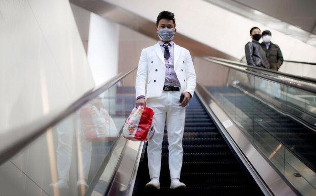 Коронавірус з Китаю, фото: Reuters
