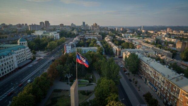В сеть просочились фото призрачного Донецка, время здесь остановилось: больно смотреть