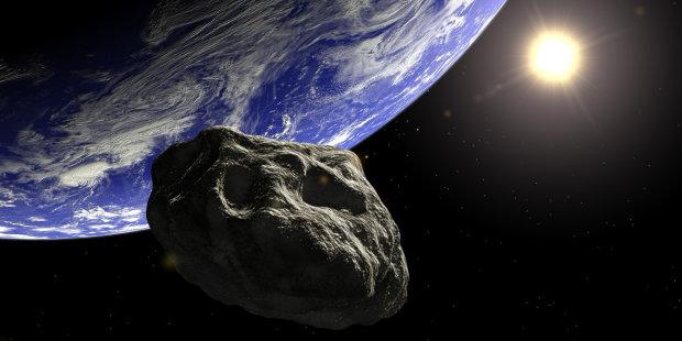 Реальный монстр из космоса мчится Земле: переживать начали даже скептики