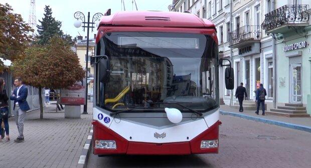 Марцинкив покатает франковчан по новому маршруту - где теперь ждать троллейбусы
