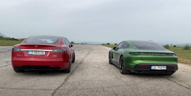 2020 Porsche Taycan Turbo S против 2019 Tesla Model S P100D, скриншот из видео