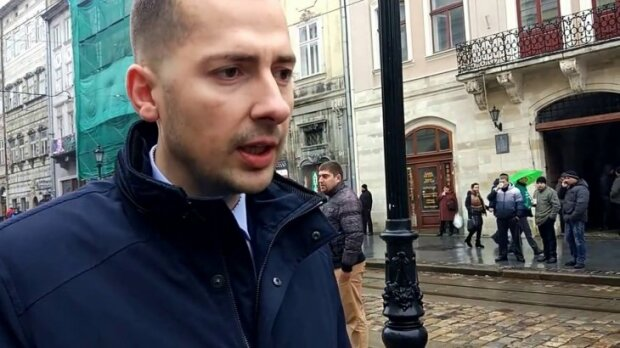 """""""Гамселили жінок та дітей"""": звірські дії копів змусили львів'ян прозріти"""