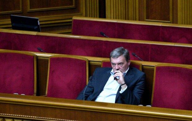 """СБУ опубликовала процесс задержания Грымчака """"в обнимку с баксами"""": жесткое видео"""