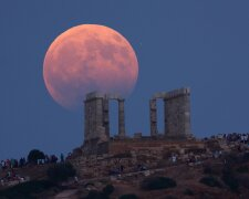 Лунное затмение, фото: spaceweathergallery.com