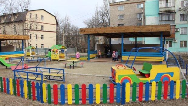 Из садика - в реанимацию: в Мелитополе экстренно госпитализировали 7 детей, подробности кошмара