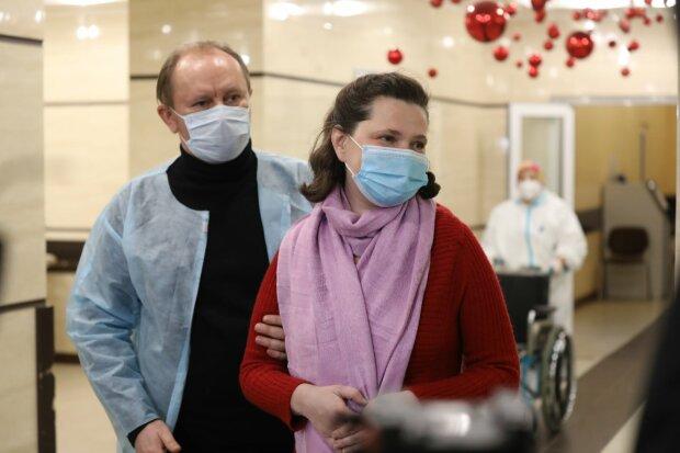 Багатодітна мати і чоловік священик, фото: клінічна лікарня швидкої допомоги у Львові