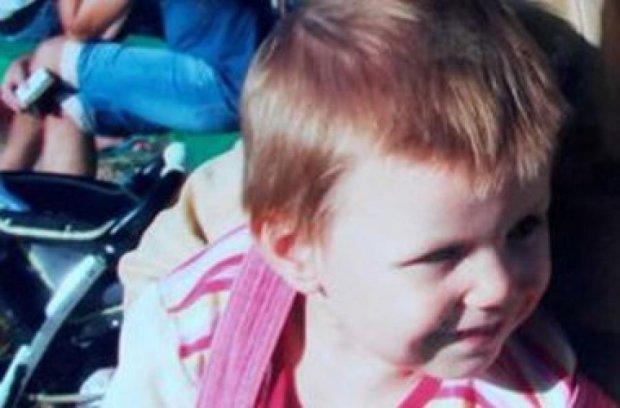 Бабуся з психічними розладами вкрала дівчинку з дитячого майданчику