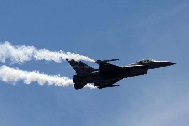 Індія і Пакистан зійшлися в протистоянні: в небо підняли 32 винищувачі