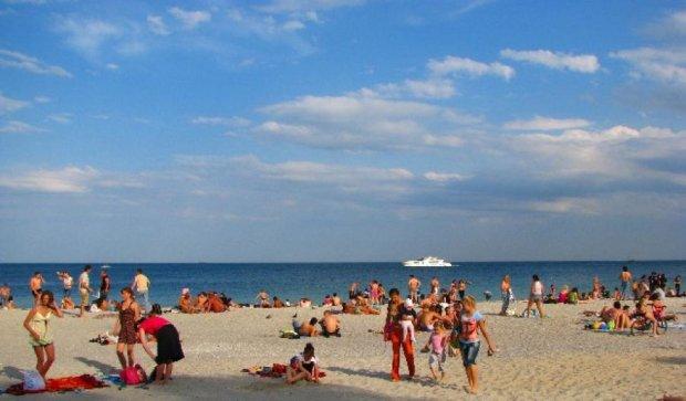 Курортникам  не рекомендують купатися на трьох одеських пляжах