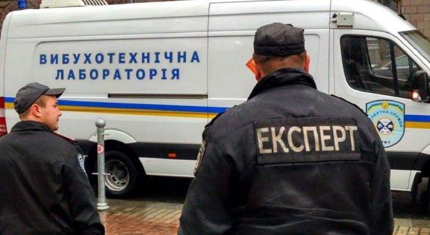 В Одесі терміново евакуюють людей, штовханина, крики і дика паніка: що відбувається
