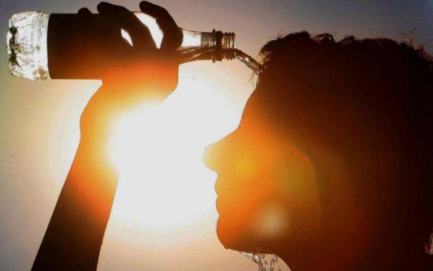 Прогноз погоди на понеділок: синоптики пообіцяли, буде гаряче