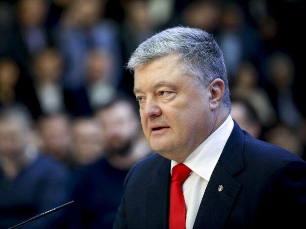 """Порошенко налетів на Зеленського після допиту в ДБР: """"Точно не про нас"""""""