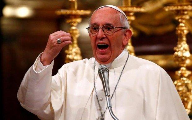 """Смущает слово: папа Римский призвал мир изменить """"Отче наш"""""""