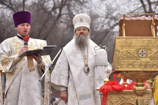 Московский патриархат поднял восстание в Киеве, согнали всех под Раду