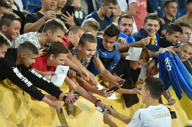 Открытая тренировка сборной Украины в Днепре