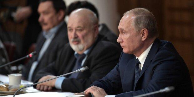 """Путіна нарешті приборкали """"гамівною сорочкою"""", у мережі не стримують сміху: """"Незвичайний псих"""""""