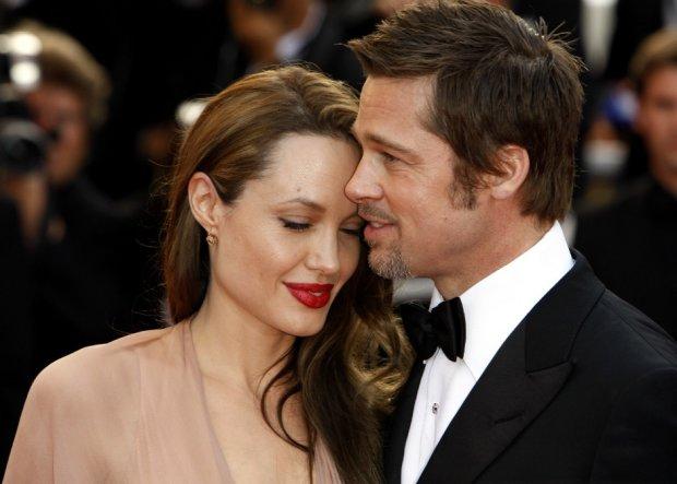 Магический ритуал разрушил брак Джоли и Питта: раскрыта жуткая правда про тату знаменитостей