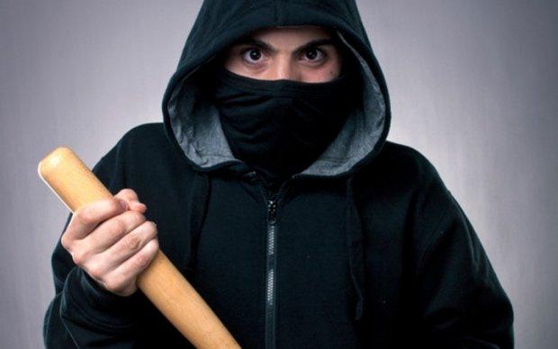 СМИ назвали имя подстреленного бандитами чиновника