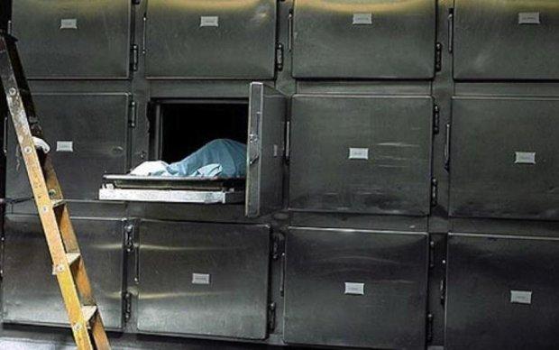 Похороны по-новому: в украинском морге что-то пошло не так