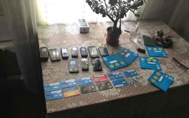 Шахраї попалися на продажу примарних комбайнів