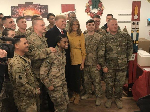 Трамп серед ночі таємно прилетів у Ірак: подробиці візиту