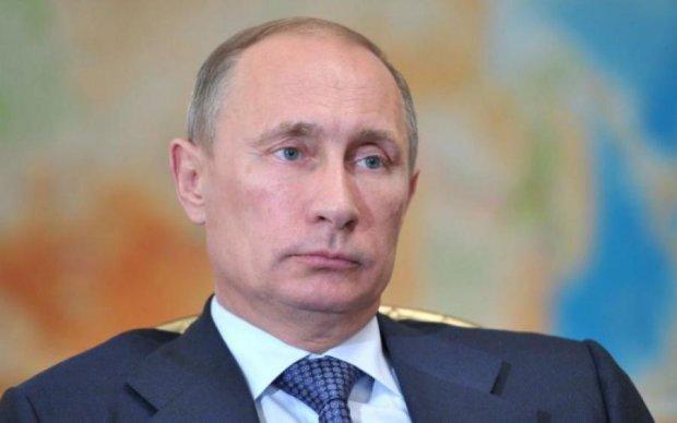 Назріває революція: розвідка США заявила про повалення Путіна