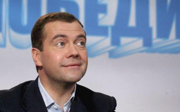 Медведєв розмріявся про співпрацю з Україною