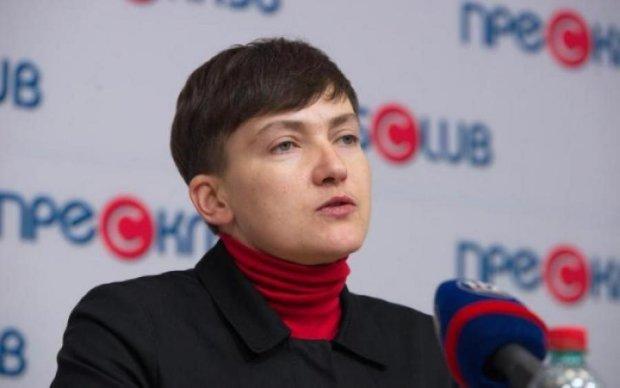 """Сюрреалізм Савченко: про теракт в Раді, """"об'єкт А"""" і звинувачення Луценка"""