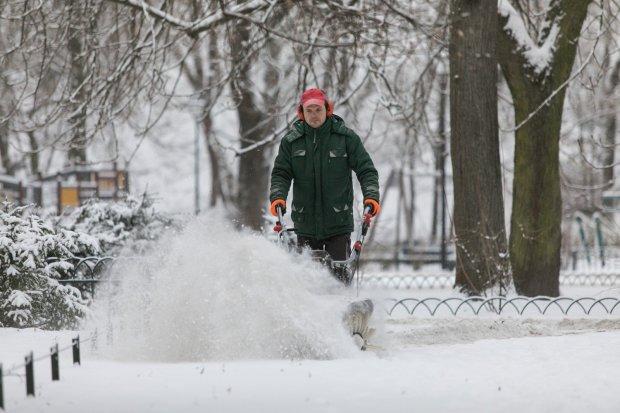Стихийные аномалии или неожиданное тепло: погода устроит на Новый Год украинцам бои без правил