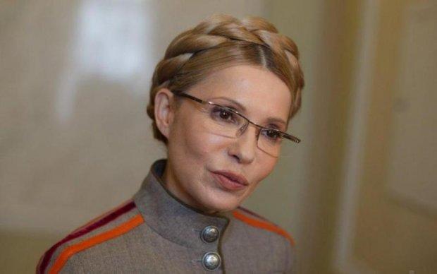 Кровавый цинизм: украинцам рассказали, как Тимошенко уничтожала армию