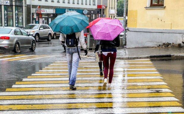 """Киевляне, 28 сентября погода готовит """"мокрый"""" сюрприз: без зонтика - ни ногой"""