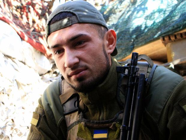 Защитник Николай, фото: facebook Операция объединенных сил
