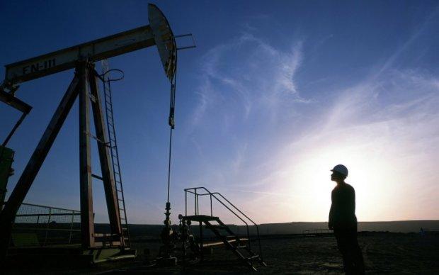 Еталонна нафта трохи подорожчала